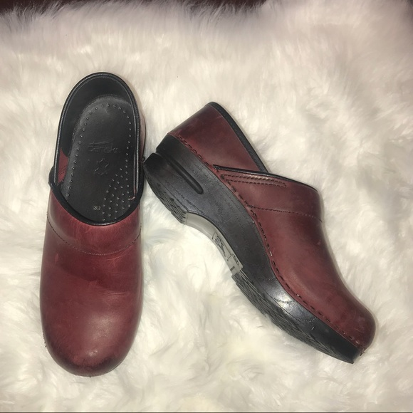 Dansko Shoes Dark Red Shoe Size 39 Poshmark
